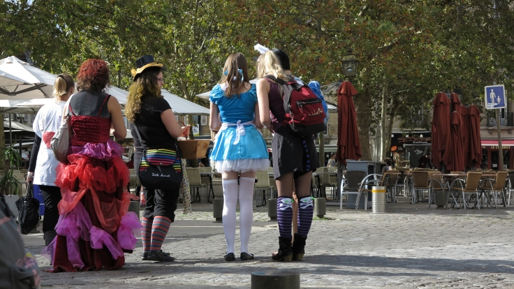 Nothing to do with wine, but this photo of a girls night out, Dijon style, just had to be aired
